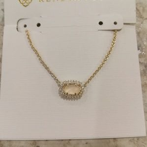NWT Kendra Scott Chelsea Necklace